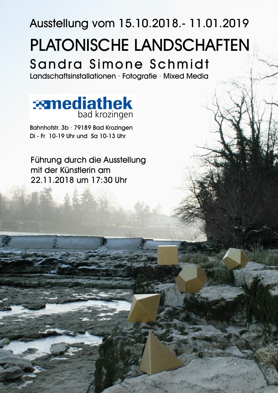 Ausstellung in der Mediathek Bad Krozingen - Fotografien von Landschaftsinstallationen der Künstlerin Sandra Simone Schmidt